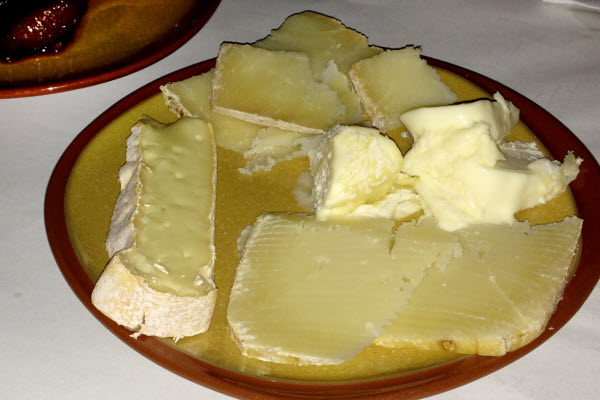 Fromages thumbnail (click to enlarge)