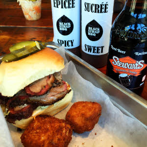 Brisket Sandwich & Fried Mac thumbnail (click to enlarge)