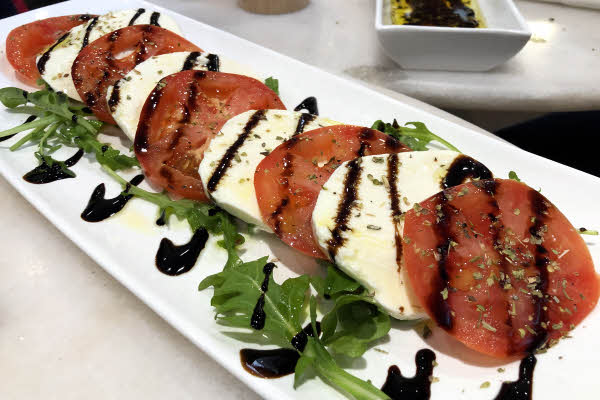 Caprese Salad thumbnail (click to enlarge)