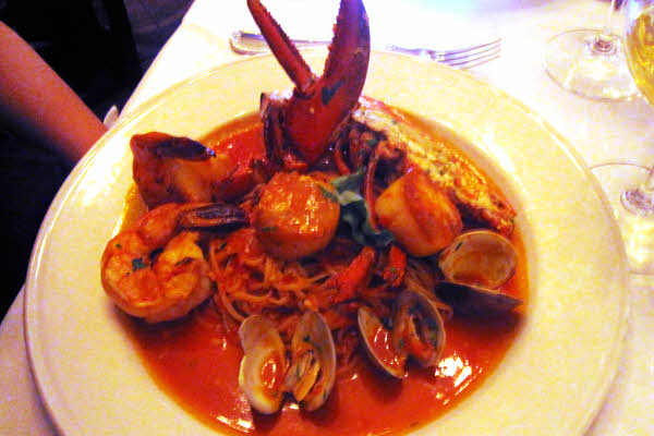 Linguine Fini del Pescatore thumbnail (click to enlarge)