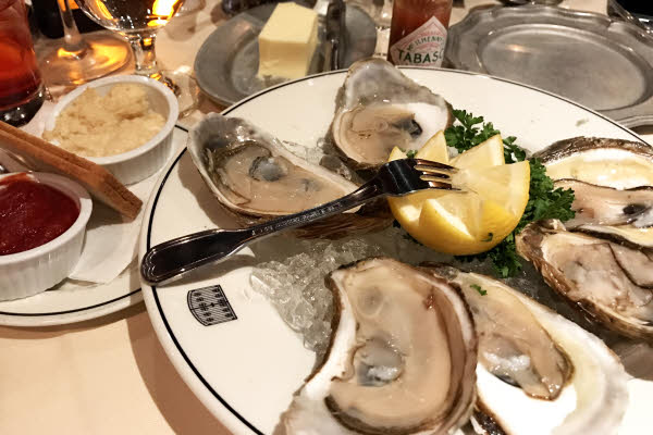 Chilled Oysters on the Half Shell thumbnail (click to enlarge)