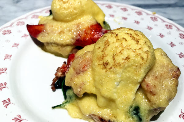 Lobster Benedict thumbnail (click to enlarge)