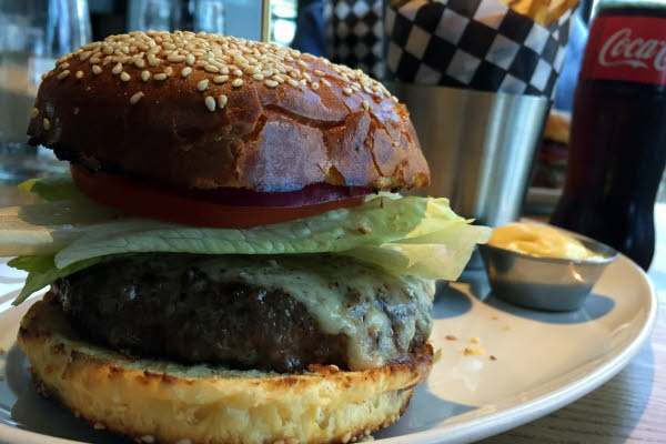 Burger Boeuf AAA thumbnail (click to enlarge)