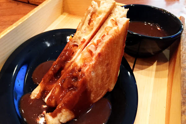 Poutine Grilled Cheese thumbnail (click to enlarge)