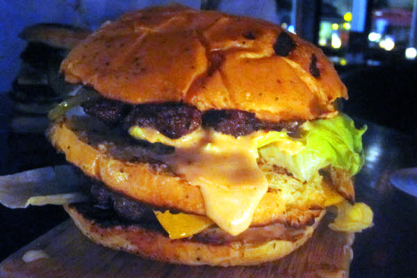 Newtown's N Burger thumbnail (click to enlarge)