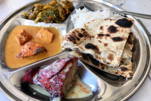 Non-Vegetarian Thali thumbnail (click to enlarge)