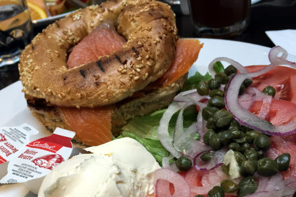 Bagel Lox Sandwich thumbnail (click to enlarge)