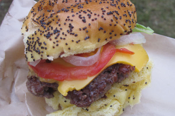 Burger Fromage thumbnail (click to enlarge)