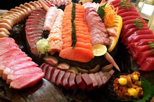 Sashimi Platter for 6 thumbnail (click to enlarge)