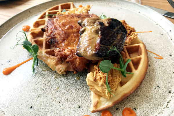 Chicken & Waffle thumbnail (click to enlarge)