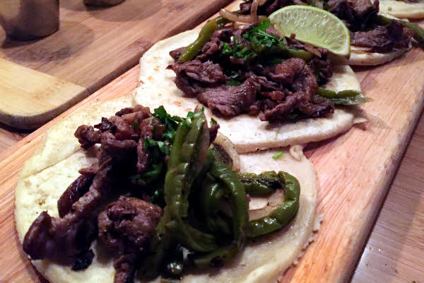 Tacos Bistec thumbnail (click to enlarge)