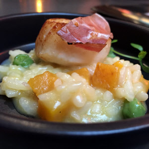 Scallop on Risotto thumbnail (click to enlarge)
