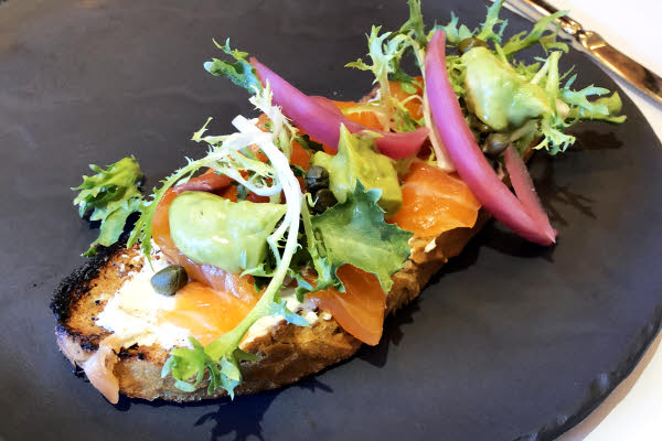 Smoked Salmon on Multigrain Bread thumbnail (click to enlarge)